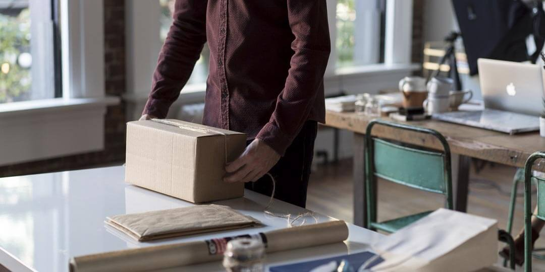 https://ferguscouriers.co.uk/wp-content/uploads/2017/10/fergus-couriers-packaging.jpg